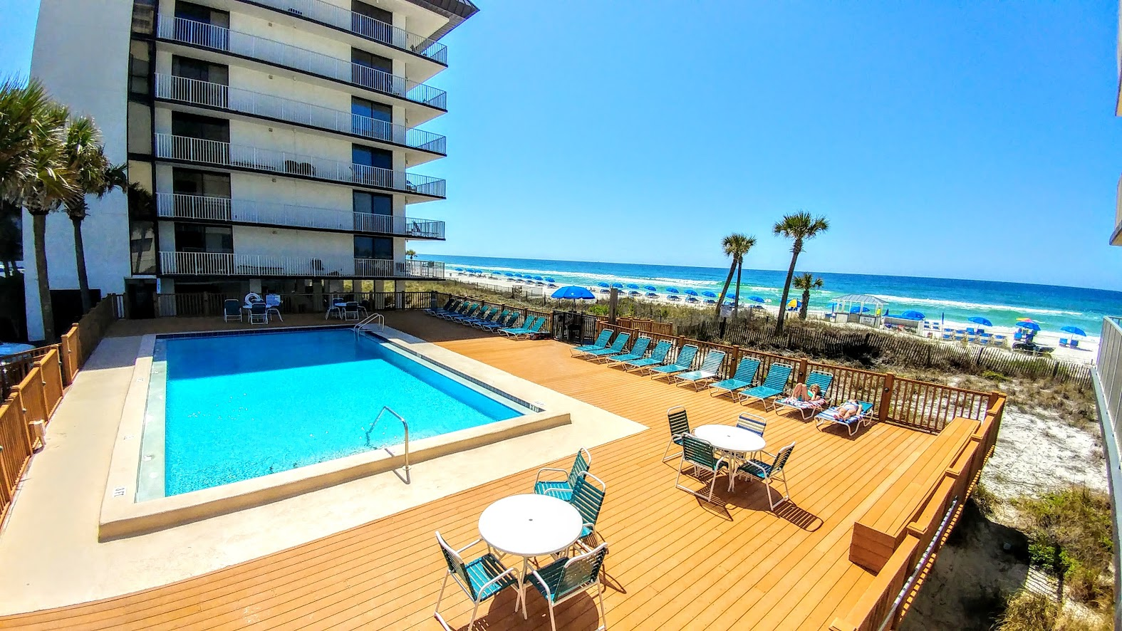 Vacation rentals in PCB with pools