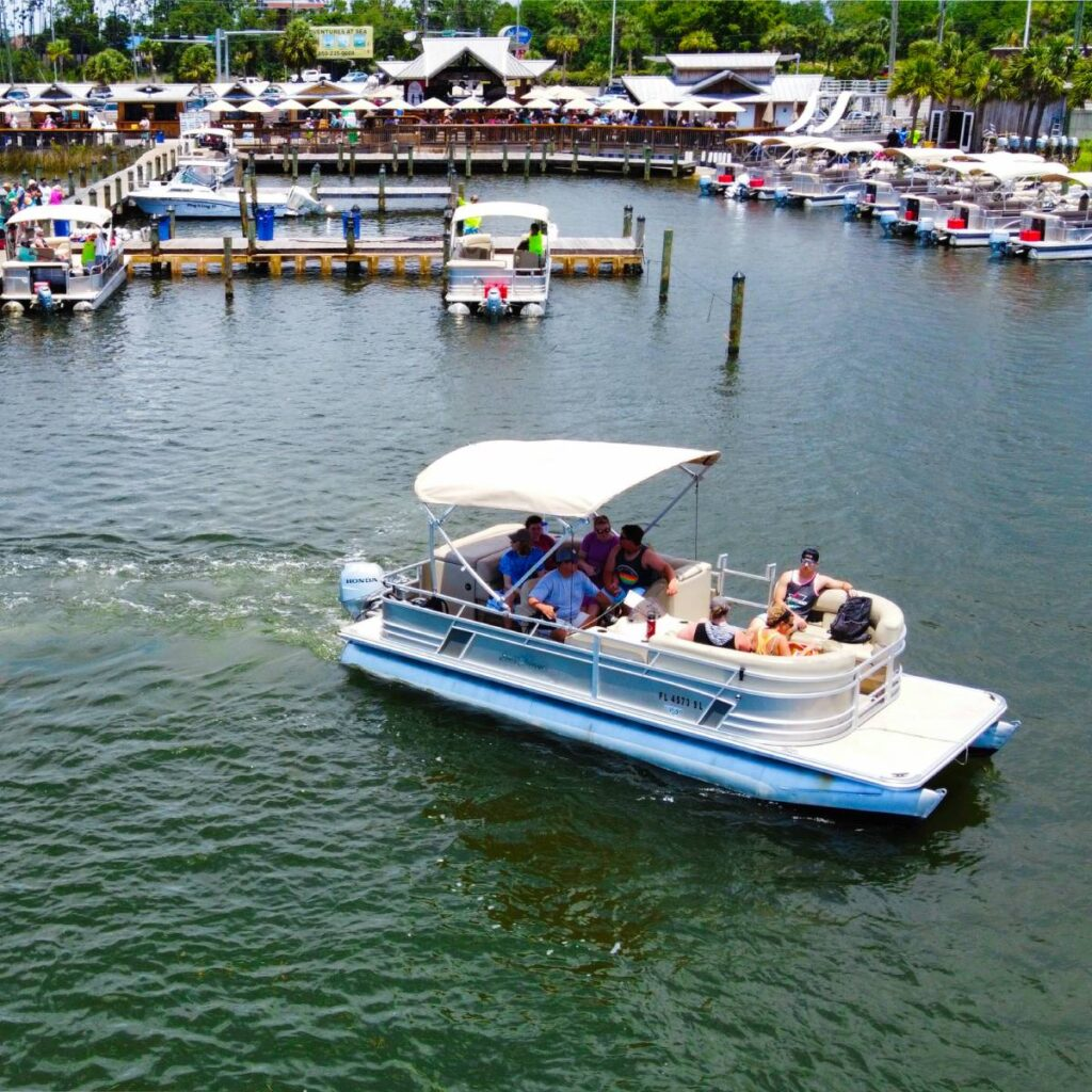 Boat rental near our Panama City Beach condo rentals heading out for fun